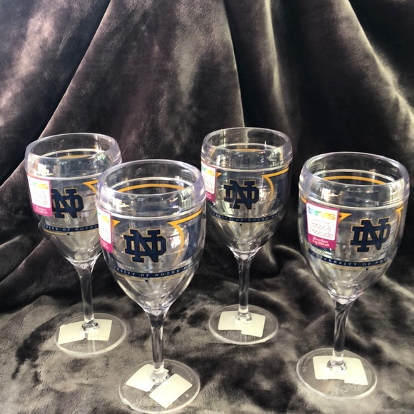 Tervis Other - Notre Dame Tervis tumbler wine glasses
